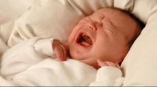 علماء يتمكنون من تحديد دلالة بكاء الأطفال