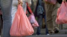 فرنسا تنهي عصر الأكياس البلاستيكية في 2016