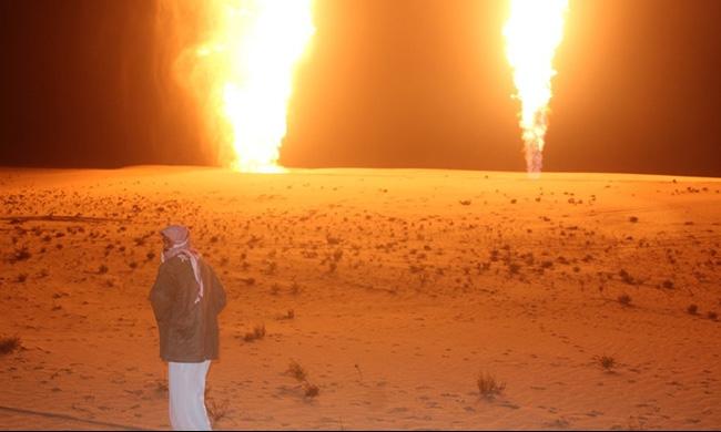 """""""ولاية سيناء"""" يتبنى تفجير خط الغاز في سيناء"""