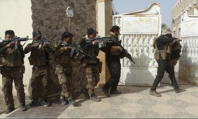العراق: محاصرة شرق الرمادي تهيئة لتطهيرها من داعش