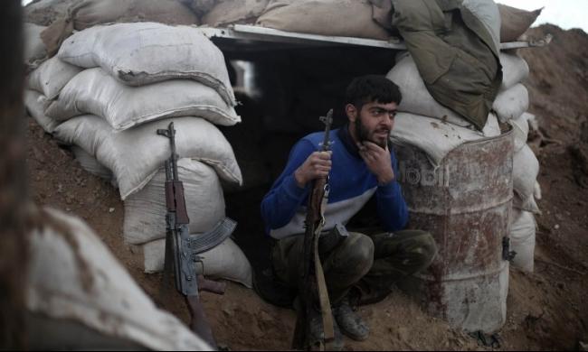 عشية المفاوضات السورية: المعارضة تخسر موقعًا إستراتيجيًّا قرب اللاذقية