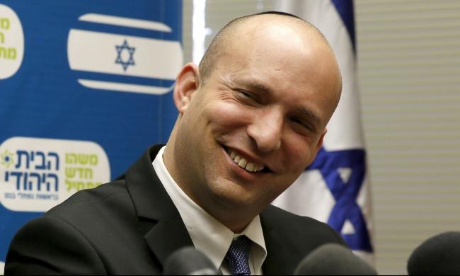 عريضة: مئات الأكاديميين الإسرائيليين يفقدون الثقة ببينيت