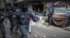 """""""نيويورك تايمز"""": قوات أمن السيسي يخطفون ويخفون المئات بمصر"""