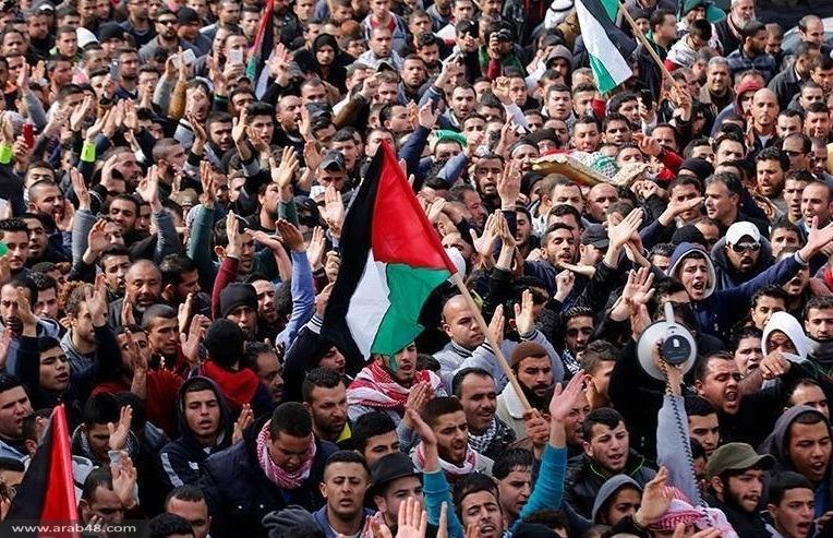 الآلاف في تشييع جثمان الشهيد علان