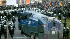 ألمانيا: اشتباكات بين يمينيين ومناهضين للفاشية بعد اعتداء على مركز لاجئين