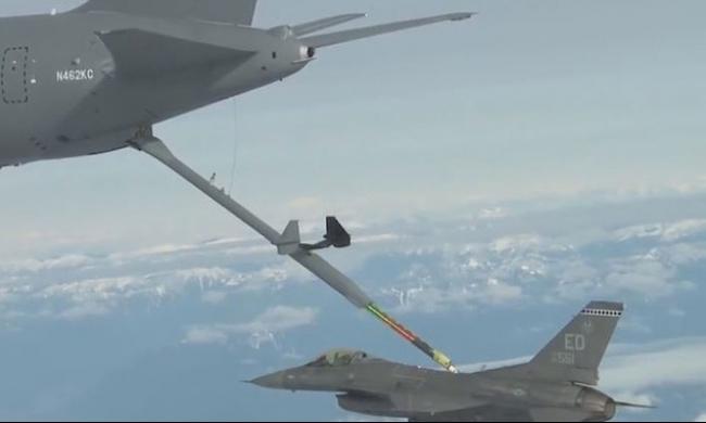 واشنطن توافق على تزويد إسرائيل بطائرات تزود بالوقود حديثة
