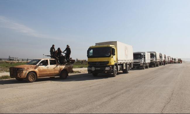 مسؤول أممي: قوافل إغاثة إنسانية لنحو 100 ألف سوري محاصر