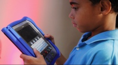 احموا أولادكم من مخاطر التكنولوجيا