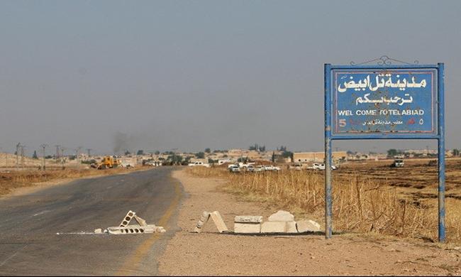 سورية: مقتل أكثر من 65 في اشتباكات تل أبيض