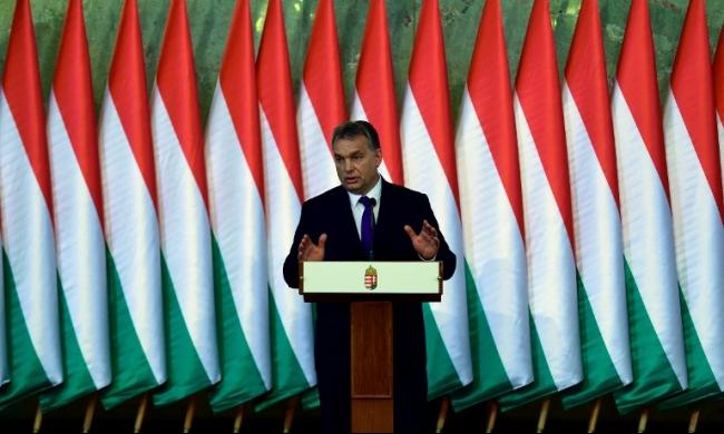 رئيس هنغاريا يهاجم الاتحاد الأوروبي بسبب أزمة اللجوء