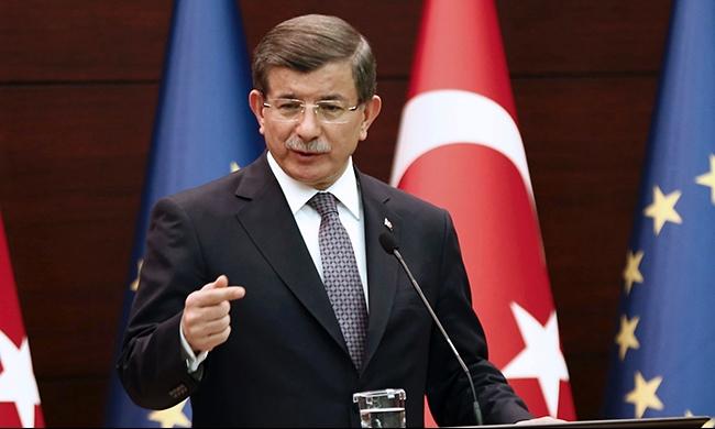 رئيس الوزراء التركي يبحث في إيران التطورات في سورية