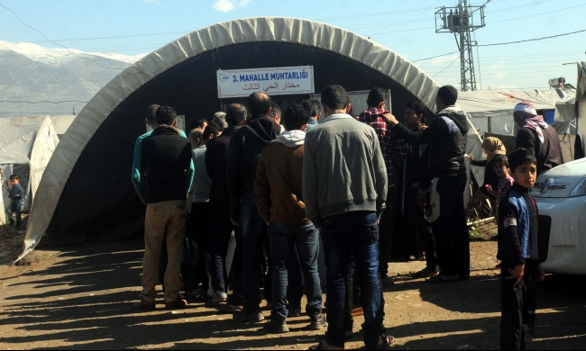 """السوريون ينتخبون """"مخاتير اللجوء"""""""