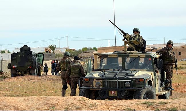 الأمن التونسي يقتل 7 مسلحين قرب بنقردان