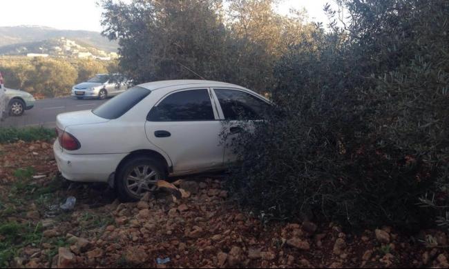 إصابة خطيرة بحادث سير ذاتي قرب عرابة