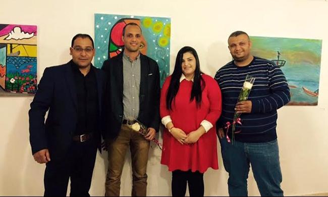 جسر الزرقاء: الطالبة ياسمين جربان تفتتح معرض رسوماتها الأول
