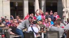 غضب إسباني بعد إهانة مشجعي إيندهوفن للمتسولين