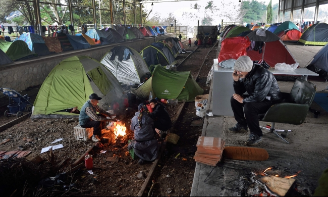 مخاطر نفسية عالية تهدد اللاجئين إلى أوروبا