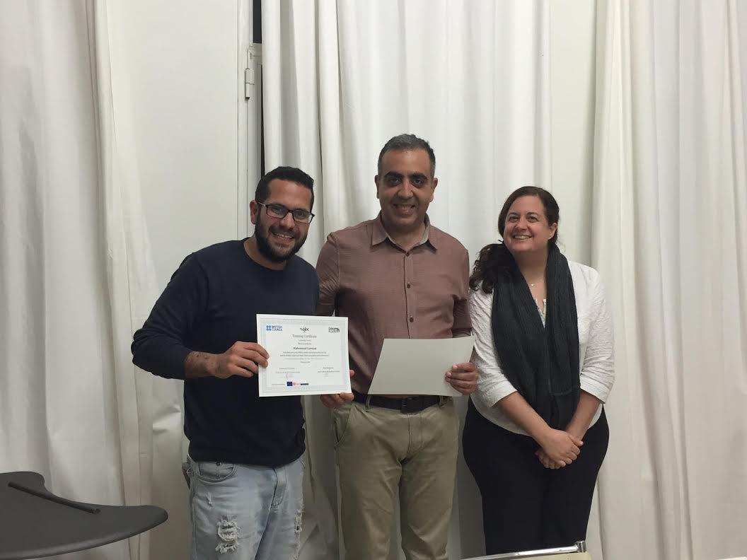 من اليمين: أليكس بروكس، إياد برغوثي، محمد غنام