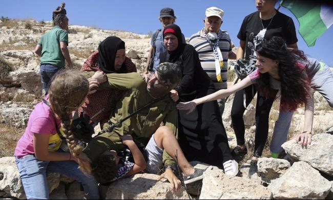 عيد الأم: 13 أمًا فلسطينية في سجون الاحتلال