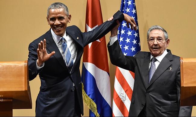 كاسترو ينفي وجود معتقلين سياسيين في كوبا