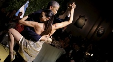 الرئيس الأميركي.. راقص تانغو في الأرجنتين