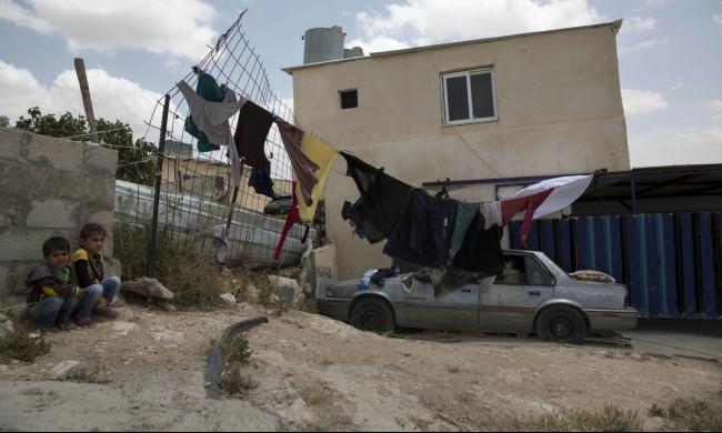أم الحيران: تهديد يومي بالاقتلاع والتشريد