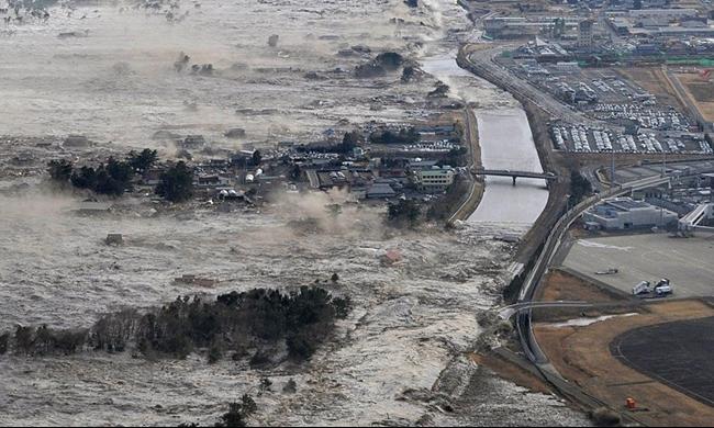 اليابان: زلزال يهز الساحل الغربي