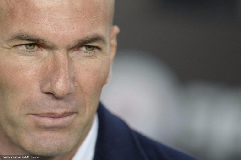 مارادونا يهنئ زيدان بفوز ريال مدريد في الكلاسيكو