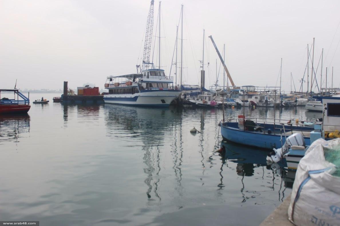 عكا: الميناء يلفظ أنفاسه والضرائب تحاصر الصيادين
