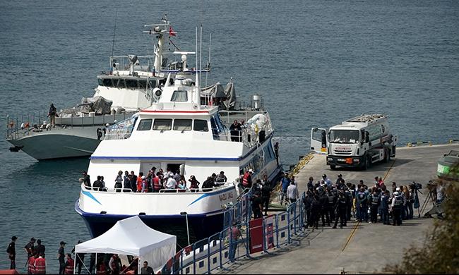 غرق طفل و4 نساء في بحر إيجة