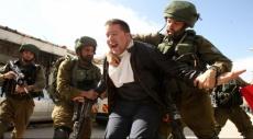 الضفة الغربية: اعتقال رئيس مركز شباب قلنديا وثمانية آخرين