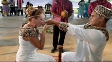 دراسة: الزواج يفيد مرضى السرطان
