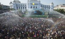 """ميانمار: مهرجان """"رش الماء"""" بمناسبة الـ""""ثانغيات"""""""