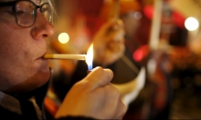 أدلة جديدة على أن التدخين يضر خصوبة الرجال