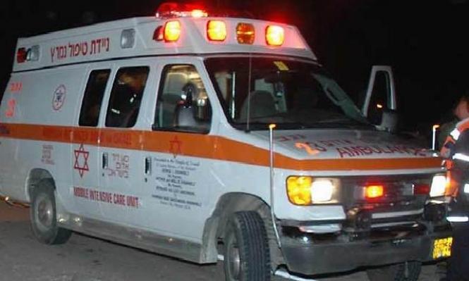 اللد: إصابات بالغة الخطورة لعربي تعرض للطعن