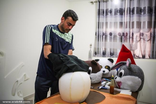 """""""بابا سنفور"""" في مغامرة جديدة لإسعاد أطفال غزة"""