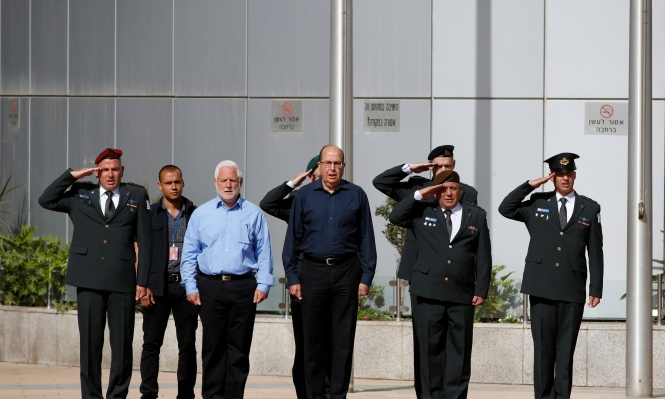 خلال استقالته: يعالون يواصل توجيه نقده لحكومة نتنياهو