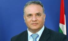 مسلحون يهاجمون سيارة وزير التنمية الفلسطيني قرب قلنديا