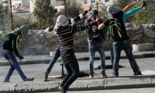 مخيم عايدة: الاحتلال يداهم ويعتقل شابين ويصيب طفلين بنيرانه