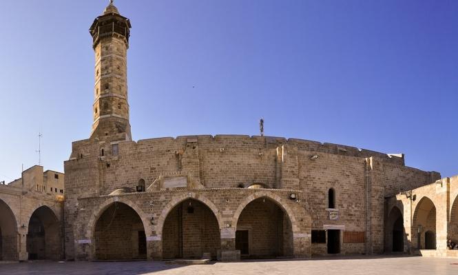 """""""المسجد العمري"""" بغزة... قِبلة المصلين في رمضان"""