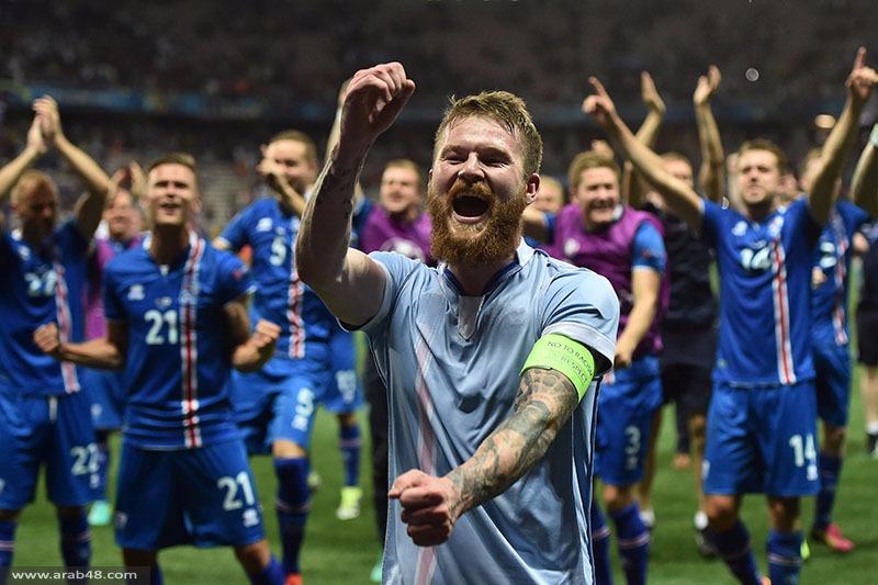 فيديو: أيسلندا تحتفل مع جماهيرها بطريقة مميزة