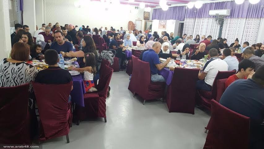 التجمع ينظم إفطارا رمضانيا للأسرى وذويهم