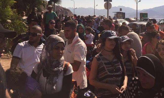مأساة كل عيد: آلاف تحت الشمس عند معبر طابا