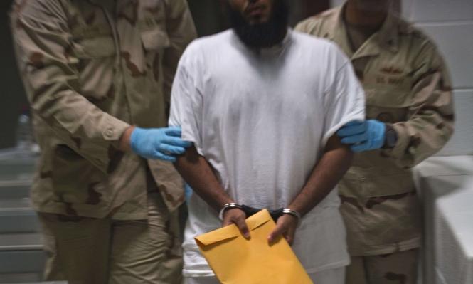 من غوانتانامو إلى إيطاليا: الولايات المتحدة تنقل معتقلا يمنيا