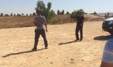 العراقيب: الشرطة تستفز الأهالي وتشهر السلاح لترهيبهم