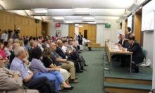 زعبي ببريطانيا: التحريض باللاسامية ضدكم وقوانين التطهير ضدنا