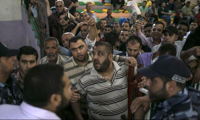 صرف رواتب موظفي غزة للشهر الجاري