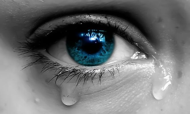 إذا شعرت أنك بحاجة للبكاء... لا تحبس دموعك