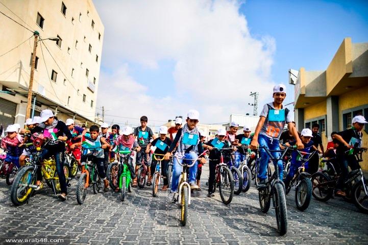 أطفال غزة يتسابقون للمطالبة بتوفير حياة كريمة