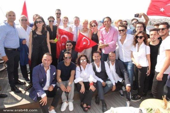 من شارك بالمظاهرة المليونية من الفنانين الأتراك؟
